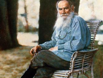 Лев Толстой и толстовцы: мирный религиозный анархизм.