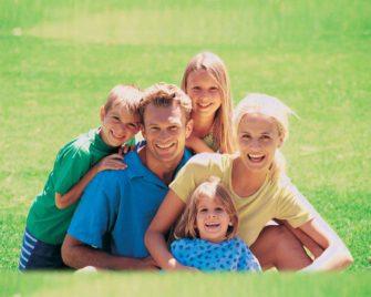 «Все счастливые семьи похожи друг на друга», а вот антрополог Толстому не верит (Занимательная антропология)