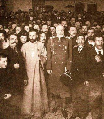 Первая Революция в России: от «Кровавого воскресенья» до сентября 1905 года (История России)