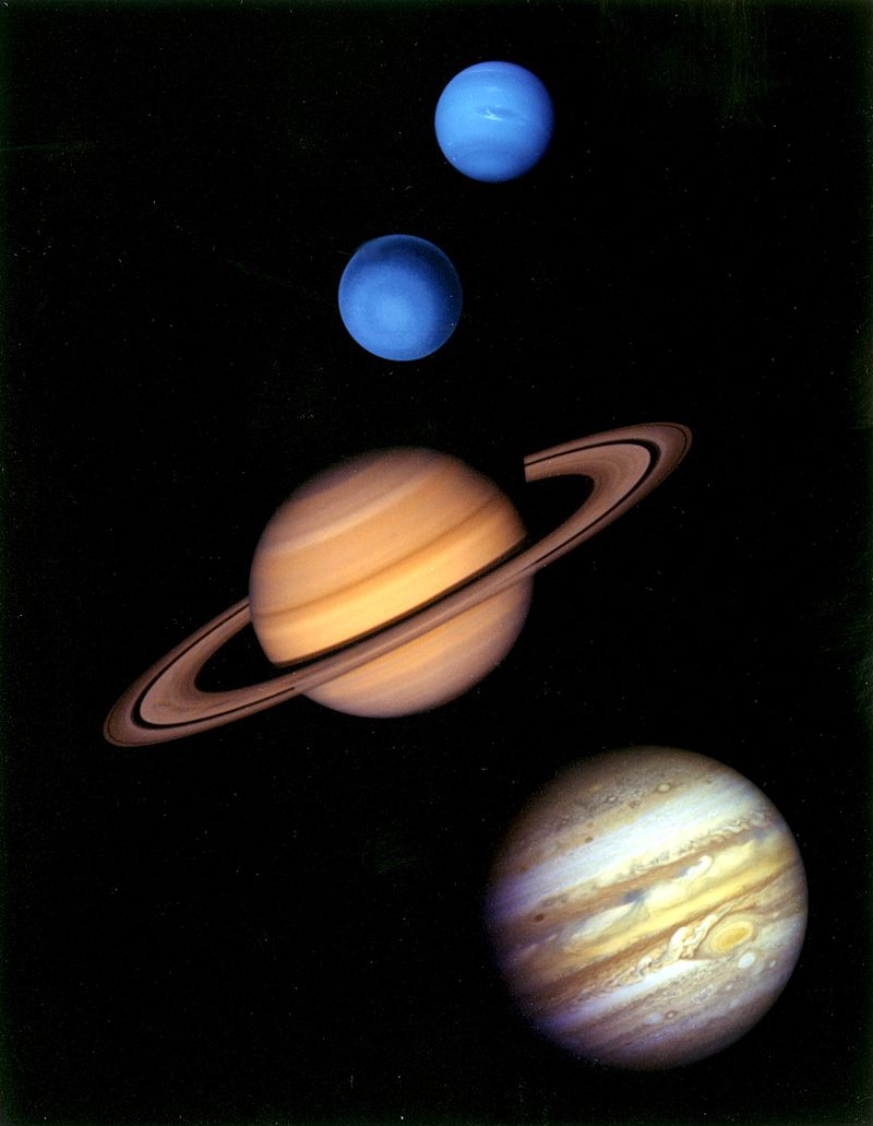 Gas_giants_in_the_solar_system